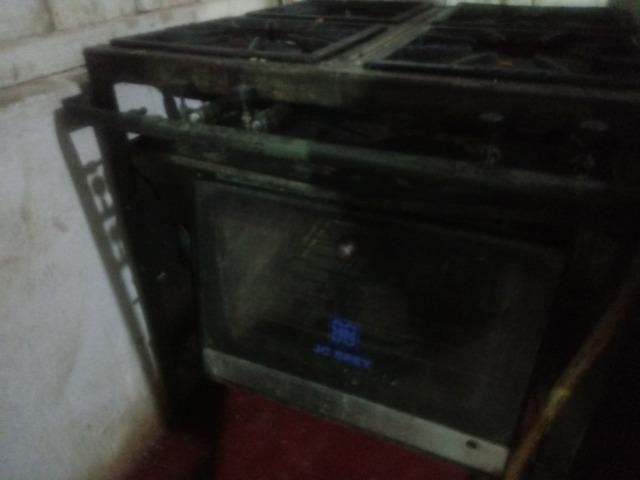 Vendo fogão industrial em ótimo estado - Foto 5