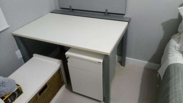Mesa Escrivaninha Computador com criado mudo