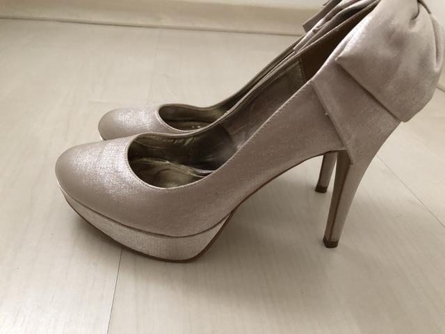 0955d122c Sapato meia pata, cetim na cor pérola, n 36 - Roupas e calçados ...