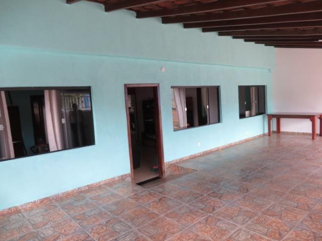 Casa com quatro quartos, duas suites, na laje. Esquina - Foto 3