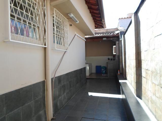 Casa 3 quartos e 2 salas no bairro alípio de melo. - Foto 13