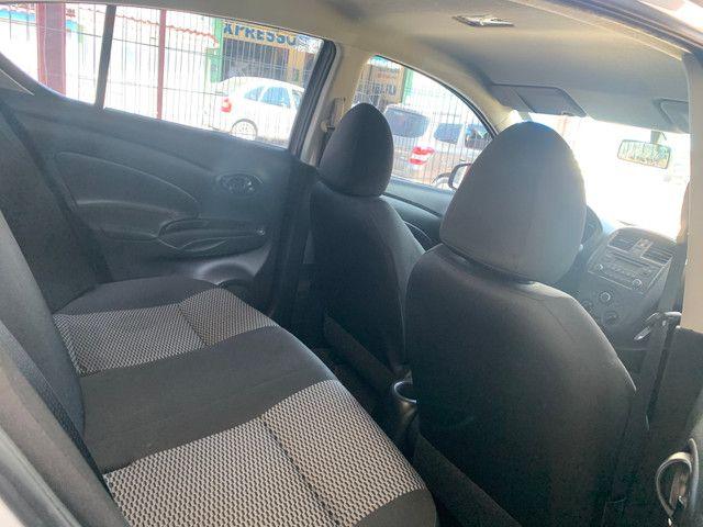 Nissan Versa 2020 + GNV (Único Dono, entrada + 48x 934,00) - Foto 3