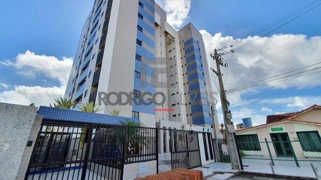 Apartamento para Venda em Maceió, Farol, 3 dormitórios, 1 suíte, 3 banheiros, 2 vagas - Foto 2