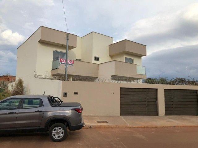 Sobrado 3 quartos no Antônio Barbosa, nunca habitado, construção com material de primeira - Foto 13
