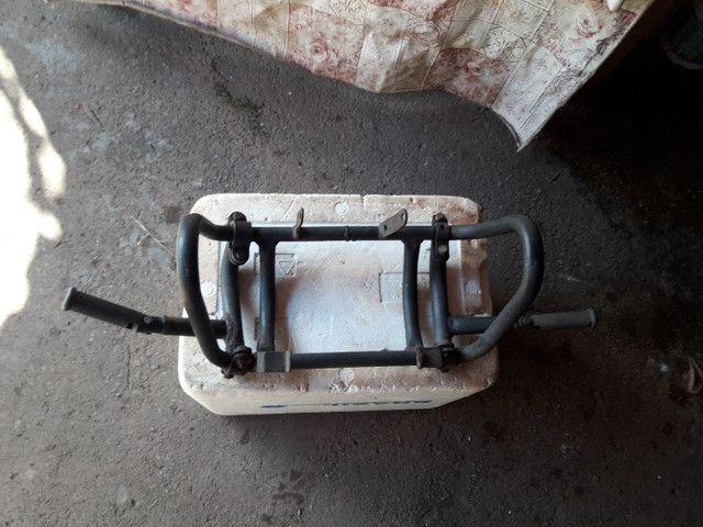 Vendo protetor de motor com pedaleiras  - Foto 3