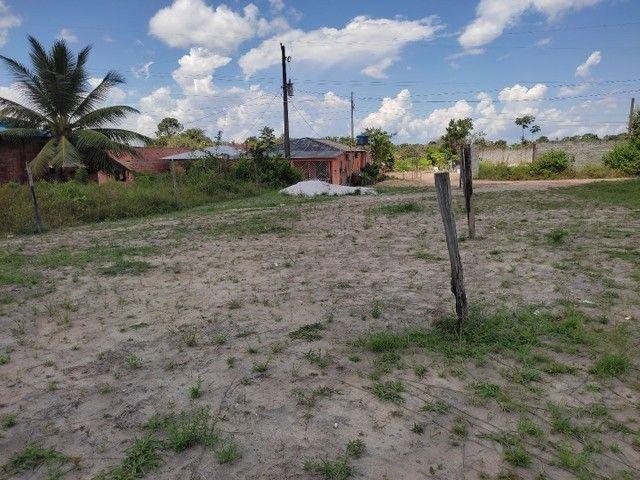 Vendo um terreno medindo 10 de frente e trinta metrô de comprimento - Foto 4