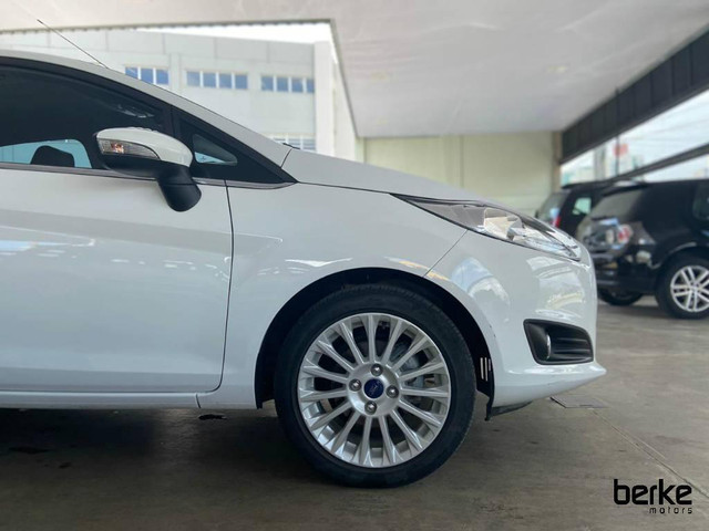Ford New Fiesta Hatch TIT.Plus 1.6 16V Flex Aut. - Foto 5