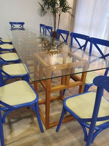 Vendo mesa base madeira e vidro