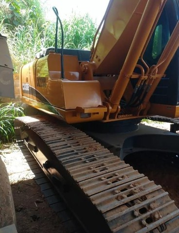 Escavadeira Hidraulica cx 220 case 2012 - Foto 2