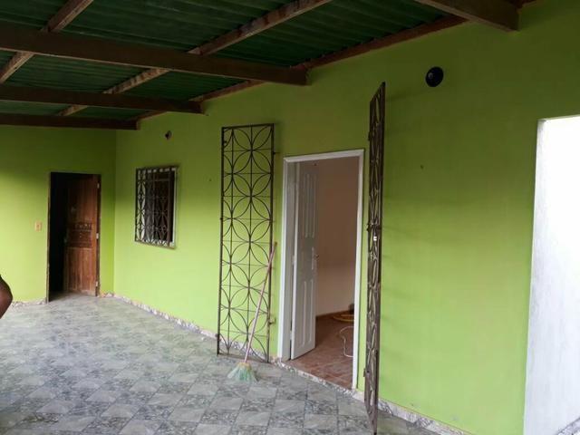 Vende-se esta casa no bairro Santa Inês