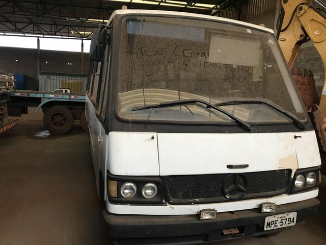 Micro-ônibus / Sênior 708 - Mercedes Benz