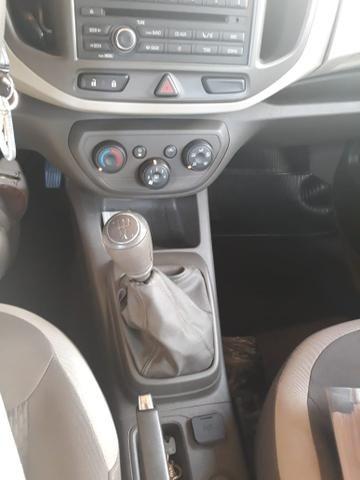Chevrolet Spin 1.8 ano 2013 Completa - Foto 5