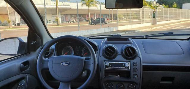 Fiesta Hatch SE 1.0 2014 - Foto 8