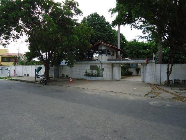 ( Cod 826) Rua Mundica Paula, 681, Ap. 404, BL. C ? Parangaba