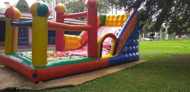 Aluguel de brinquedos , mesas cadeiras e infláveis - Foto 3