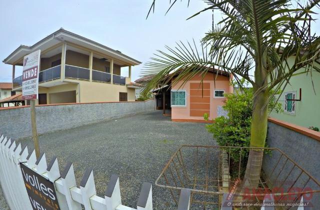 Casa próximo a praia em avenida! - Foto 2