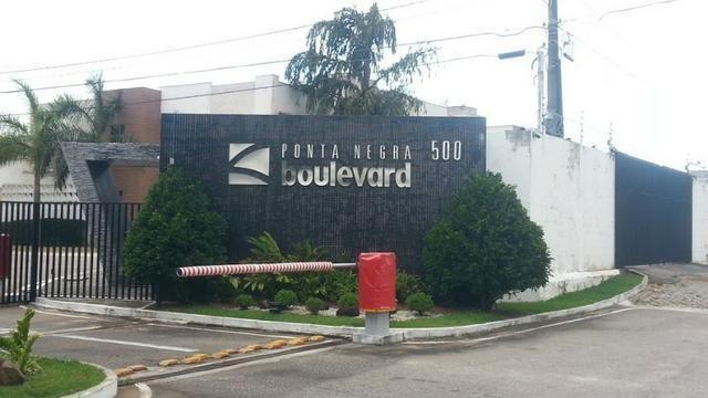 Lote com 480 m2 no CondomínioPonta Negra Boulevard - R$480.000,00