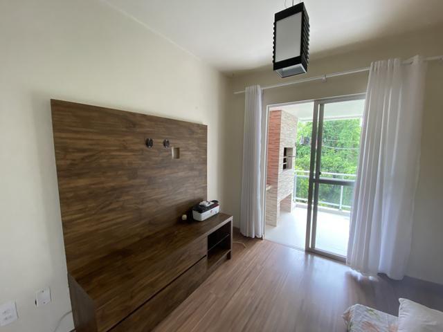 Aluga apartamento 2 dormitórios mobiliado centro Balneário Camboriú