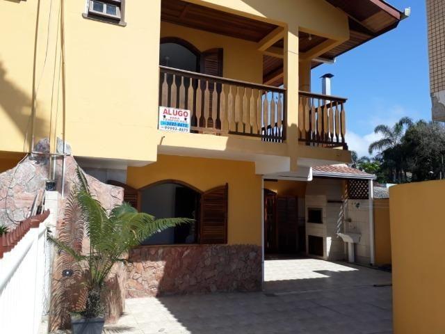 Itapoá/SC - Casa em frente ao mar - Foto 5
