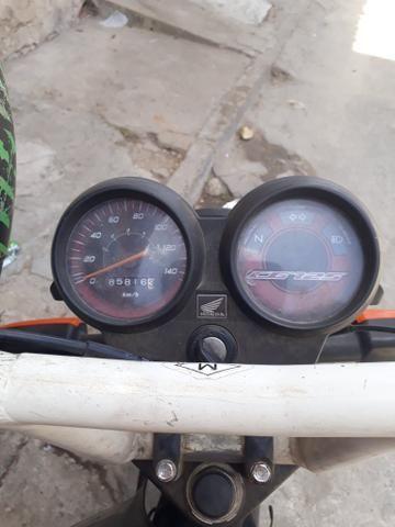 Vendo uma Moto Fan 125 ano 2012 e 2013 - Foto 4