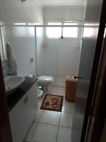 Casa para loção de Temporada no Centro de Balneário Piçarras 50 metros do Mar - Foto 9