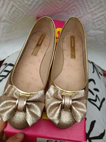 Linda sapatilha dourada! - Foto 3
