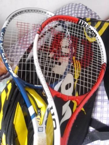 Raqueteira mais duas Raquetes de Tenis Wilson