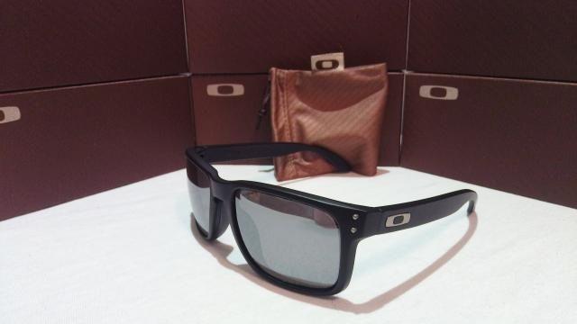 669b4634f1727 Óculos Sol Oakley Holbrock Preto Espelhado - Bijouterias, relógios e ...
