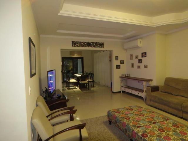 Casa à venda com 5 dormitórios em Glória, Joinville cod:2073