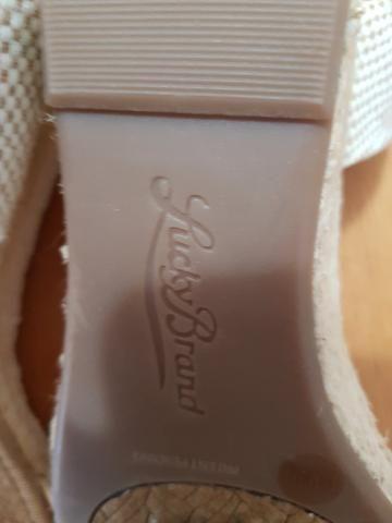 b4e05d615 Sandália importada Lucky Brand com etiqueta número 37 - Roupas e ...