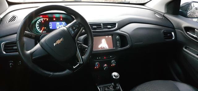 Vende se Chevrolet Onix LTZ 1.4 semi novo modelo 2018
