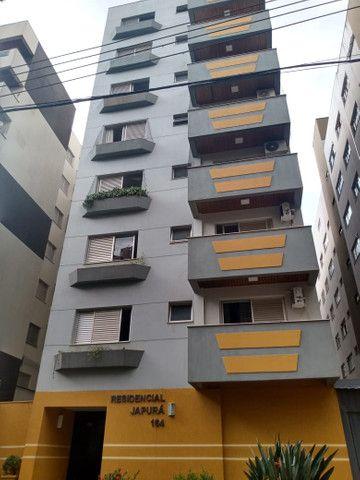 8062 | Apartamento para alugar com 4 quartos em Zona 07, Maringá - Foto 2