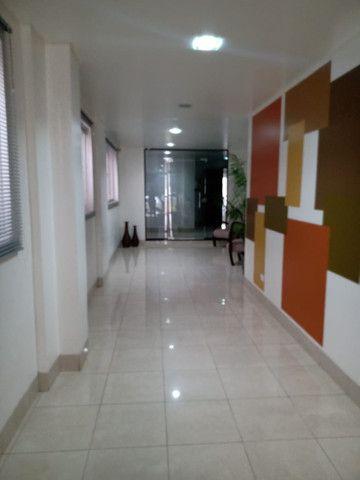 8062 | Apartamento para alugar com 4 quartos em Zona 07, Maringá - Foto 5