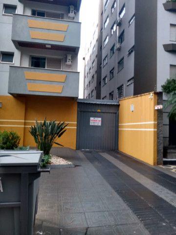 8062 | Apartamento para alugar com 4 quartos em Zona 07, Maringá - Foto 3