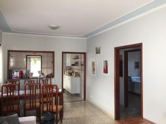 Linda Casa Monte Castelo com Edícula - Foto 13