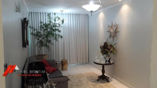 Apartamento amplo, primeiro andar e ótimo local no bairro Vila Rica - Foto 2