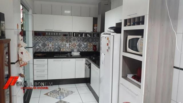 Apartamento amplo, primeiro andar e ótimo local no bairro Vila Rica - Foto 8