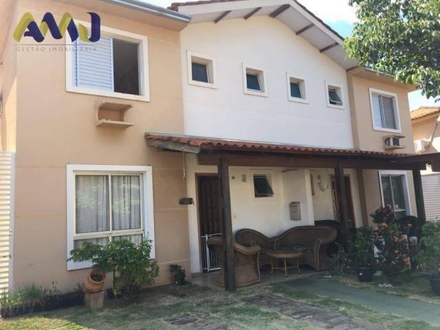 Sobrado residencial à venda, Setor Negrão de Lima, Goiânia.