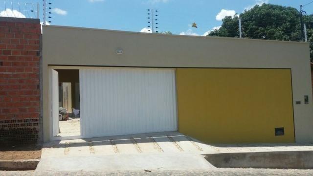 Casa Nova com Piscina, Churrasqueira, Próxima Av. Kennedy