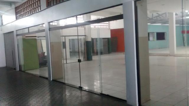 Alugo Loja - Amplo Salão Comercial Centro de Tramandaí