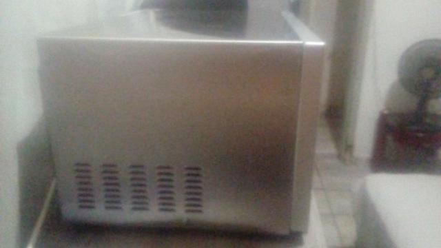 Microondas brastemp inox - Foto 2