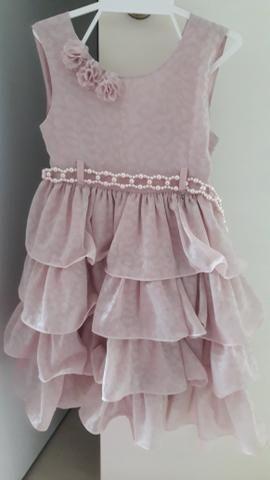 Vestido de festa infantil nude em perfeito estado. tamanho 3