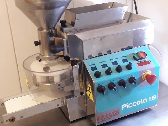 Produtora de Salgados e Doces Bralyx 220V em perfeito estado e funcionamento! - Foto 3