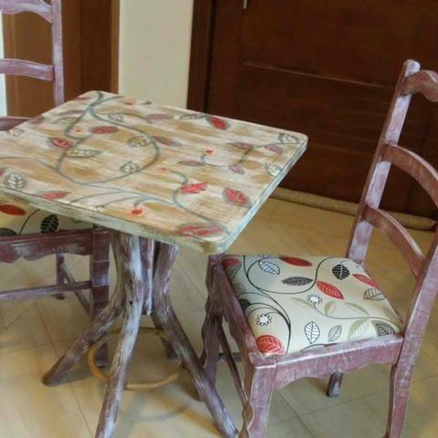 Jg mesa 2 cadeiras repaginado