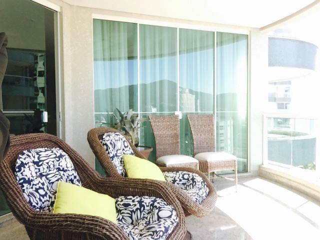 Apartamento 04 Suites _Piscinas _ Condomínio Fechado- Meia Praia - Foto 7