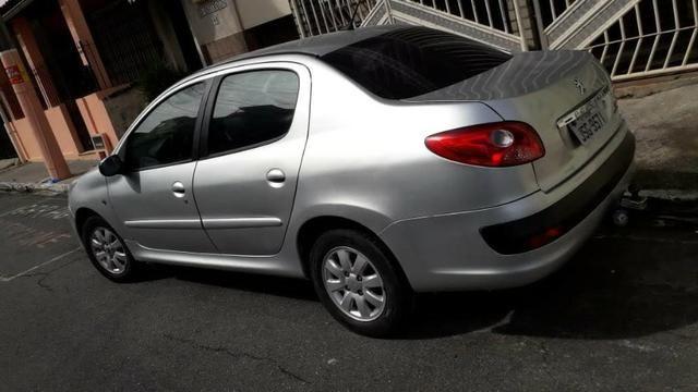 Peugeot Sedan 207 - Foto 2