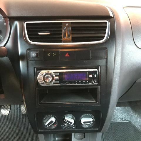 Volkswagen Fox 2010 - 1.0 Flex - Foto 11