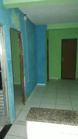 ALUGA-SE Casa com 01 quartos 350.00 Cabula