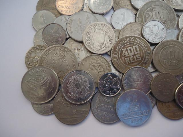 50 moedas antigas nacionais variadas colecionadores