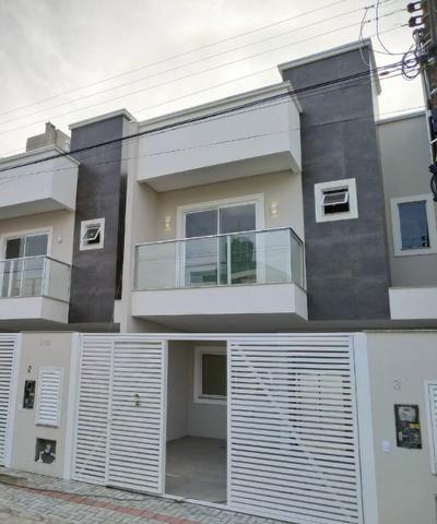 Ótima casa geminada em Itapema -SC aproximadamente a 500 metros do mar